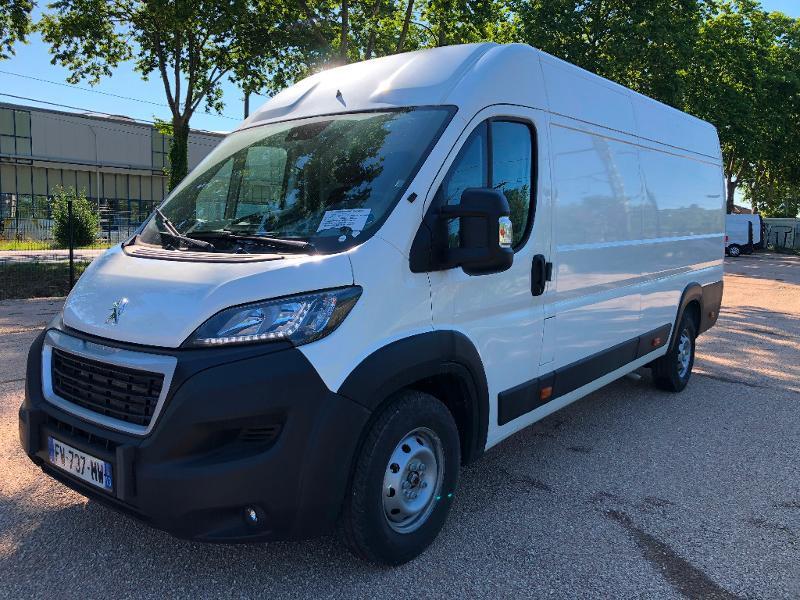 Photo 2 de l'offre de PEUGEOT Boxer Fg 435 L4H2 2.2 BlueHDi S&S 165ch Asphalt à 27990€ chez ADO - Auto Distribution Occitane - Toulouse