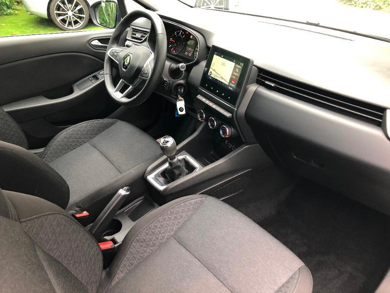 Photo 9 de l'offre de RENAULT Clio 1.5 Blue dCi 85ch Business à 13490€ chez ADO - Auto Distribution Occitane - Toulouse