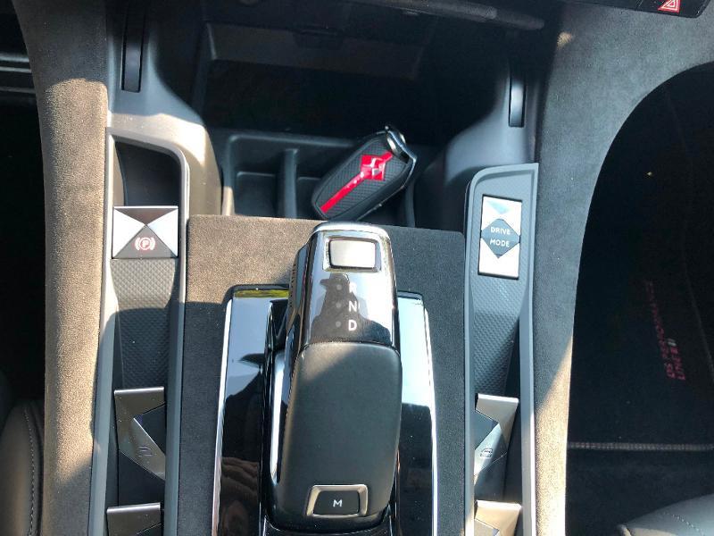 Photo 26 de l'offre de DS DS 7 Crossback BlueHDi 180ch Performance Line Automatique à 37990€ chez ADO - Auto Distribution Occitane - Toulouse