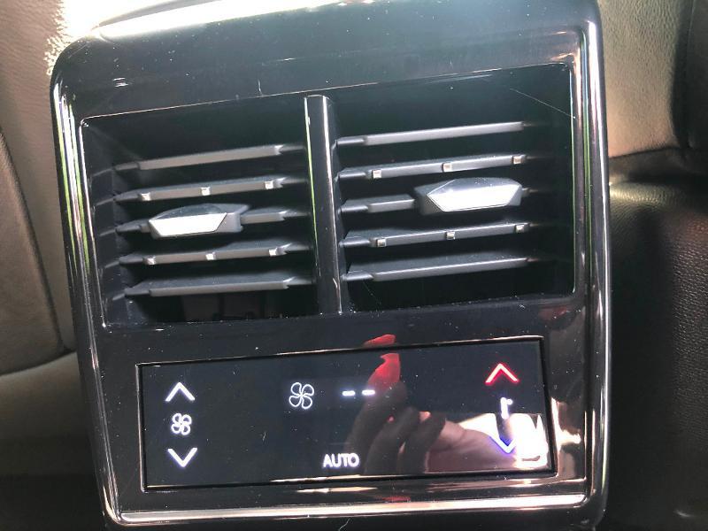 Photo 27 de l'offre de DS DS 7 Crossback BlueHDi 180ch Performance Line Automatique à 37990€ chez ADO - Auto Distribution Occitane - Toulouse