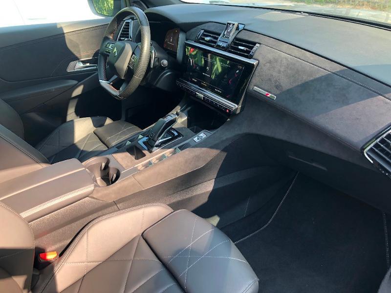 Photo 15 de l'offre de DS DS 7 Crossback BlueHDi 180ch Performance Line Automatique à 37990€ chez ADO - Auto Distribution Occitane - Toulouse