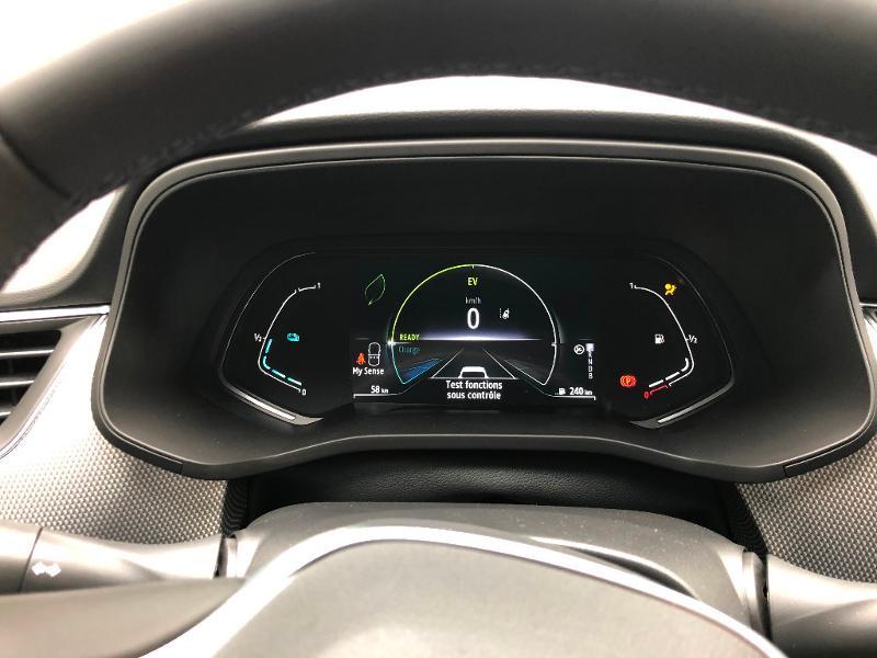 Photo 15 de l'offre de RENAULT Arkana 1.6 E-Tech 145ch Intens -21B à 34490€ chez ADO - Auto Distribution Occitane - Toulouse
