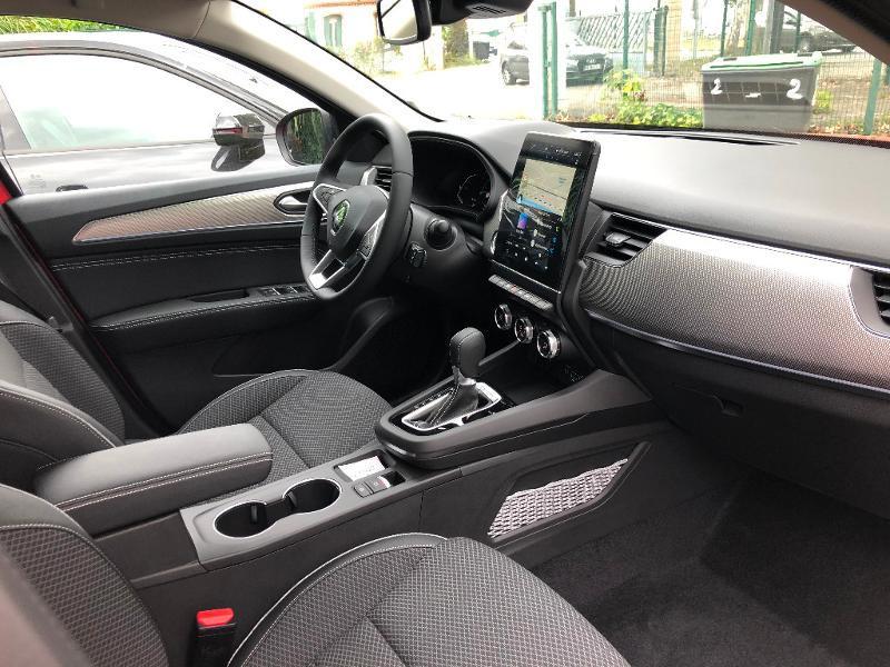 Photo 9 de l'offre de RENAULT Arkana 1.6 E-Tech 145ch Intens -21B à 34490€ chez ADO - Auto Distribution Occitane - Toulouse