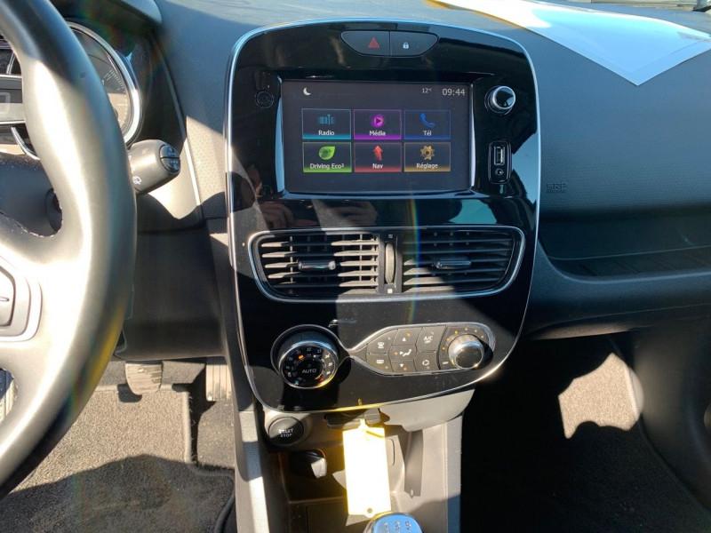 Photo 4 de l'offre de RENAULT CLIO IV 1.5 DCI 90CH ENERGY INTENS 5P EURO6C à 12490€ chez Garage Bretaudeau