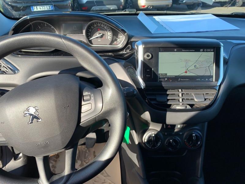 Photo 4 de l'offre de PEUGEOT 208 1.5 BLUEHDI 100CH E6.C ACTIVE BVM5 86G 5P à 13290€ chez Garage Bretaudeau