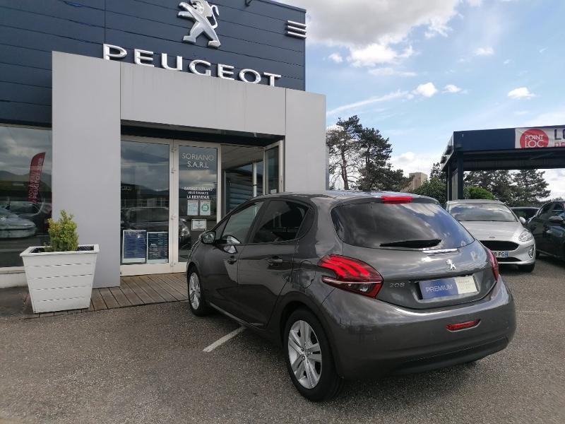 Photo 15 de l'offre de PEUGEOT 208 1.5 BlueHDi 100ch E6.c Signature BVM5 86g 5p à 15200€ chez Groupe Soriano