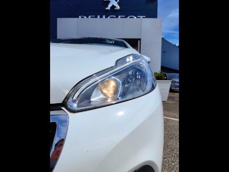 Photo 4 de l'offre de PEUGEOT 208 1.5 BlueHDi 100ch E6.c Active BVM5 86g 5p à 11689€ chez Groupe Soriano