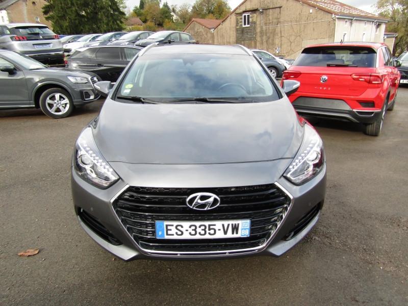 Hyundai I40 SW 1L7 CRDI 115 CV BLUE DRIVE GPS CAMÉRA PACK HIVER USB JA 16 BLUETOOTH RÉGULATEUR Diesel GRIS CARBONE Occasion à vendre