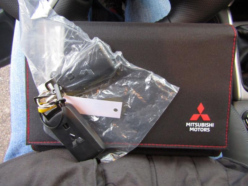 Photo 12 de l'offre de MITSUBISHI L200 III INSTYLE CLUB CAB 2L2 DI-D 150 CV 4X4 GPS CAMÉRA FULL LED ATTELAGE RÉGULATEUR TVA à 32500€ chez Bougel transactions