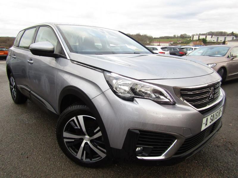 Peugeot 5008 III BUSINESS 130 CV PURETECH GPS CAMÉRA ATTELAGE 7 PLACES JA 18 BLUETOOTH RÉGULATEUR Essence GRIS ARTENSE Occasion à vendre