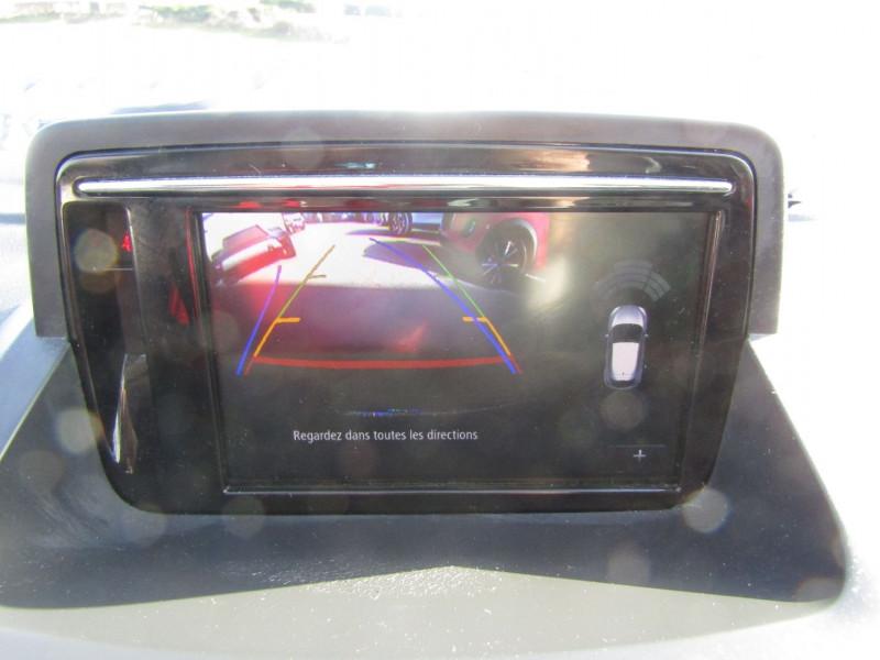Photo 11 de l'offre de RENAULT MEGANE III COUPE ENERGY BOSE 1L6 DCI 130 CV GPS CAMÉRA R-LINK JA 17 MP3 USB BLUETOOTH RÉGULATEUR à 10500€ chez Bougel transactions