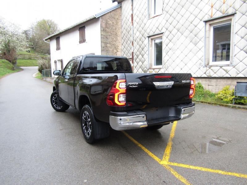 Photo 4 de l'offre de TOYOTA HILUX 2L4 D-4D 150 CV EXTRA CAB CONFORT GPS CAMÉRA FULL LED USB JA 18 RÉGULATEUR TVA à 34900€ chez Bougel transactions