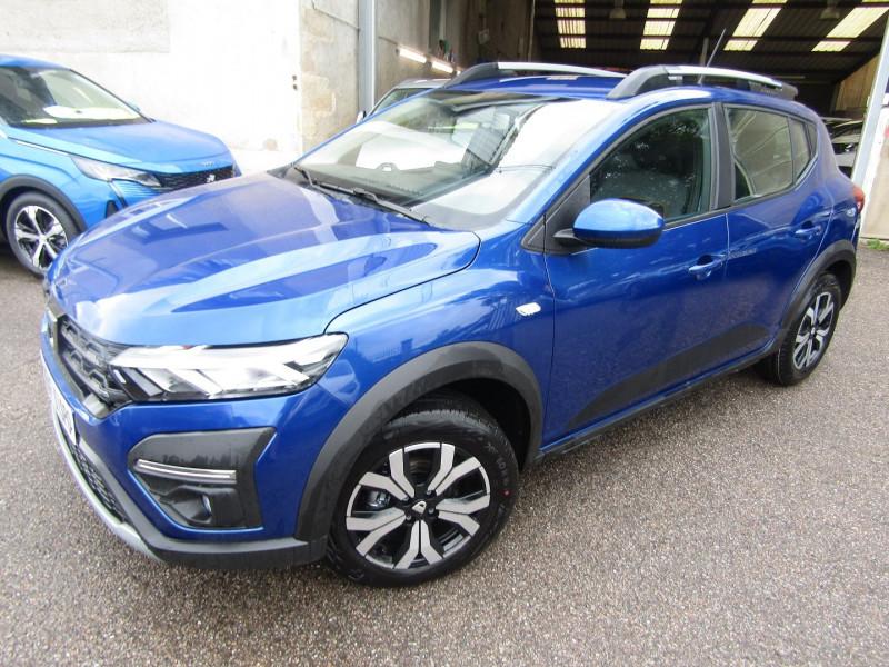 Dacia SANDERO 4 STEPWAY CONFORT TCE 90 CV GPS TACTILE USB JA 16 RADAR RÉGULATEUR BOITE AUTO CVT Essence BLEU IRON Occasion à vendre