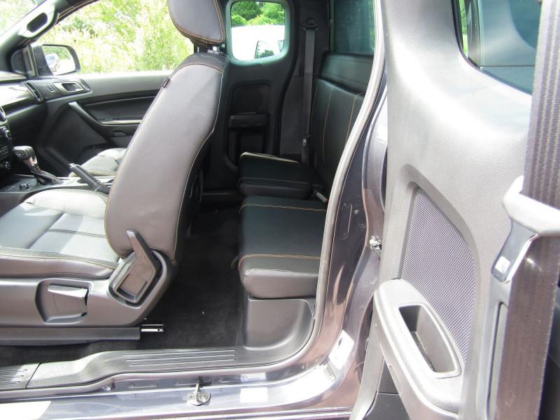 Photo 10 de l'offre de FORD RANGER III SUPER CAB WILDTRACK 2L TDCI 213 CV BI-TURBO 4X4 GPS CAMÉRA ATTELAGE COUVRE BENNE à 39800€ chez Bougel transactions