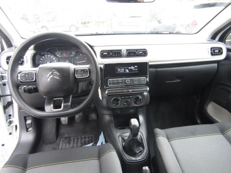 Photo 10 de l'offre de CITROEN C3 III LIVE 1L2 PURETECH GPS NOMADE USB ABS ESP RÉGULATEUR BLUETOOTH à 10800€ chez Bougel transactions