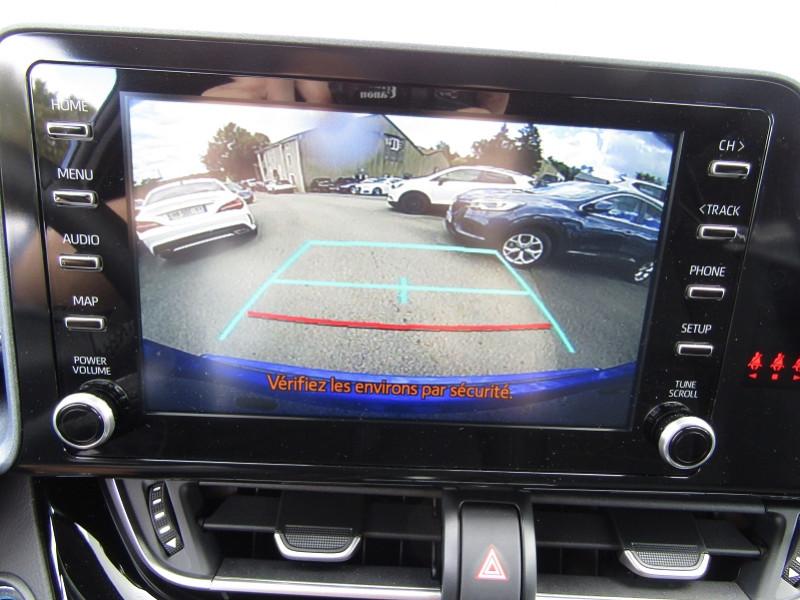 Photo 11 de l'offre de TOYOTA C-HR 1L8 HYBRID 122 CV STYLE GPS LINK USB CAMÉRA FULL LED JA 18 RÉGULATEUR BOITE AUTO à 23990€ chez Bougel transactions
