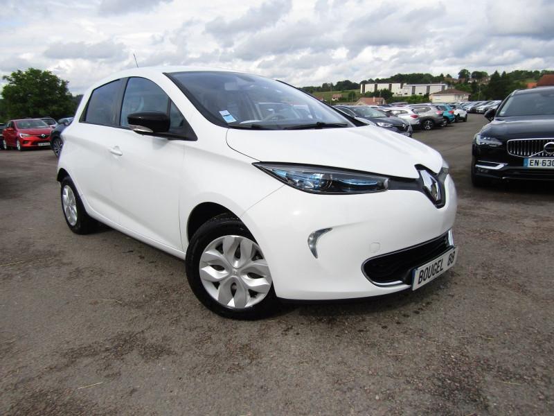 Renault ZOE ZEN CHARGE RAPIDE GPS R-LINK CLIM AUTO MP3 USB BLUETOOTH RÉGULATEUR BOITE AUTO Electrique BLANC GLACIER Occasion à vendre