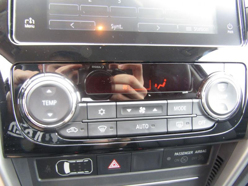 Photo 14 de l'offre de MITSUBISHI L200 III INSTYLE CLUB CAB 2L2 DI-D 150 CV 4X4 GPS CAMÉRA FULL LED ATTELAGE RÉGULATEUR TVA à 32500€ chez Bougel transactions