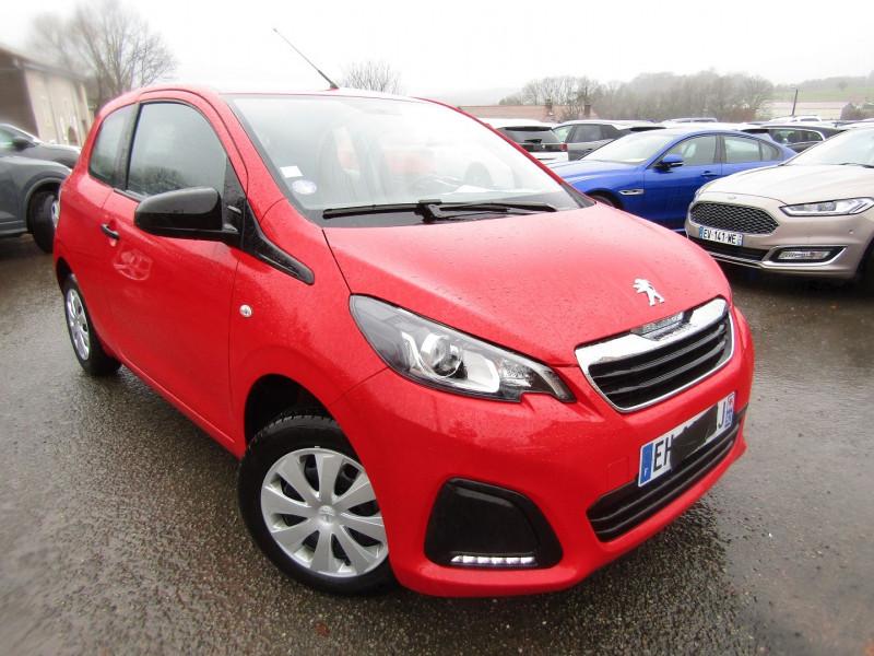 Peugeot 108 III 1L VTI 70 CV ESSENCE ACCESS AUDIO MP3 USB ORDINATEUR DE BORD DIECTION ASSISTÉE Essence ROUGE ANDALOU Occasion à vendre