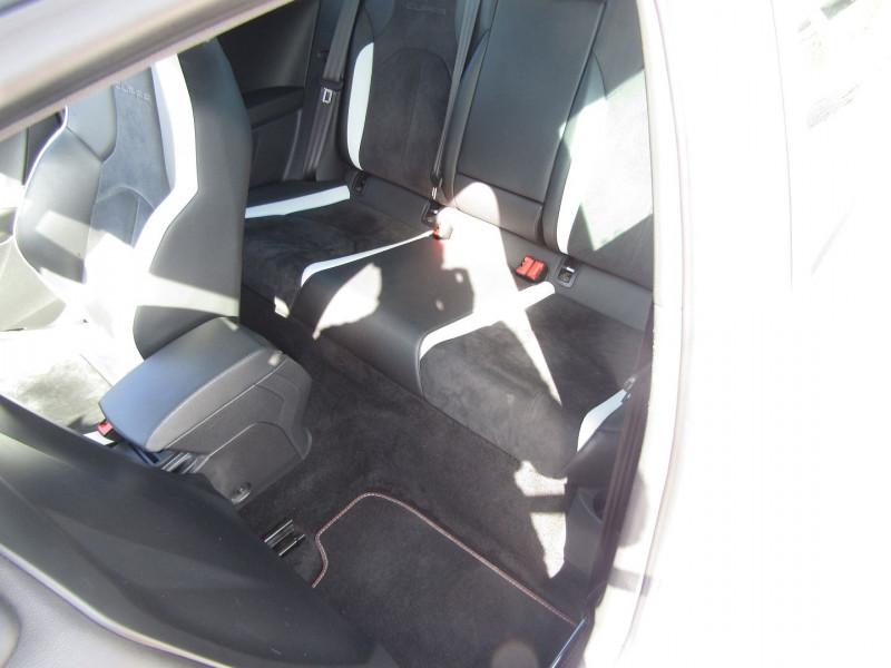 Photo 9 de l'offre de SEAT LEON III 2L TSI CUPRA GPS  290 CV  FULL LED MANOMETRES MP3 USB JA 18 BOITE DSG + PALETTES à 26500€ chez Bougel transactions