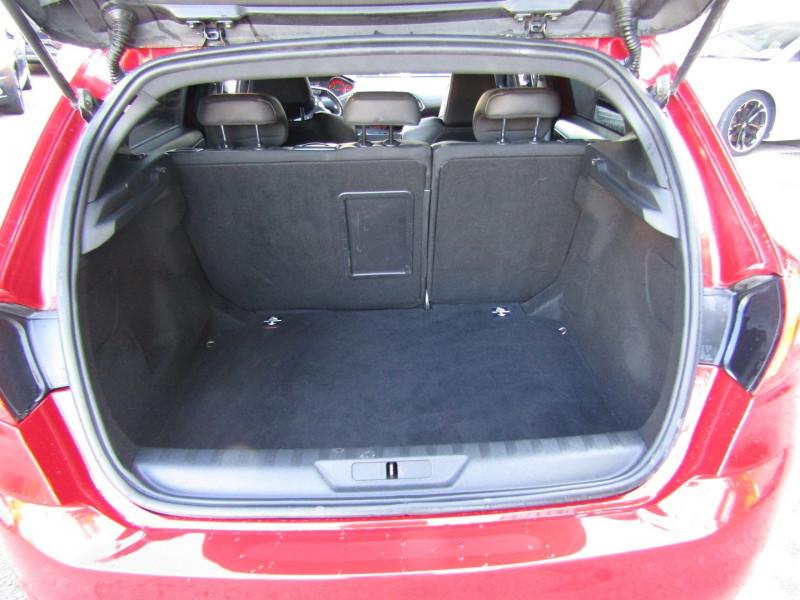 Photo 7 de l'offre de PEUGEOT 308 III GTI 270 CV TOIT PANO CUIR CLIM GPS CAMÉRA BOITE 6V à 19400€ chez Bougel transactions