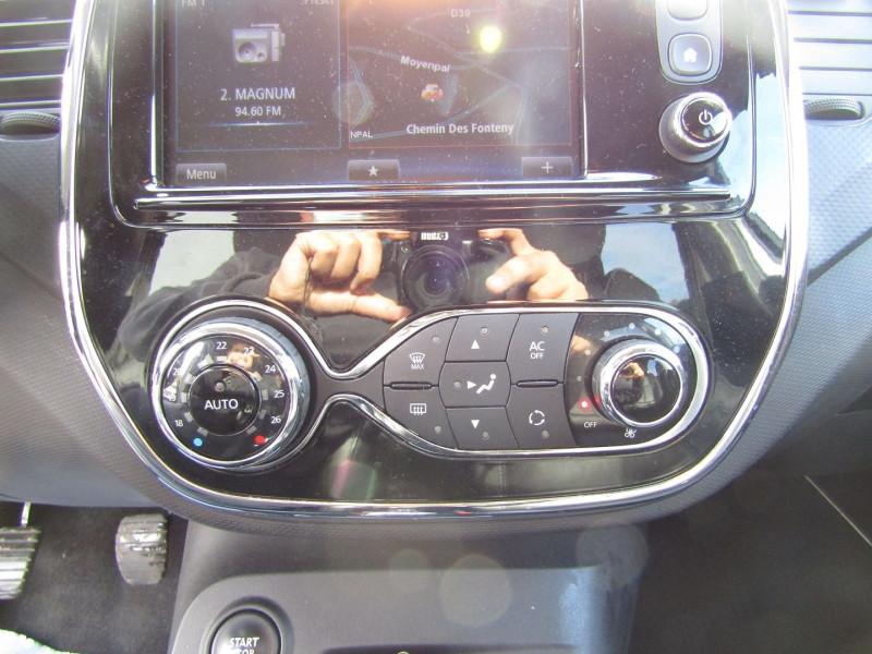 Photo 11 de l'offre de RENAULT CAPTUR III 1L5 DCI 110 CV SÉRIE LIMITÉE ENERGY GPS R-LINK CAMÉRA USB JA 17 CUIR PACK HIVER à 11990€ chez Bougel transactions