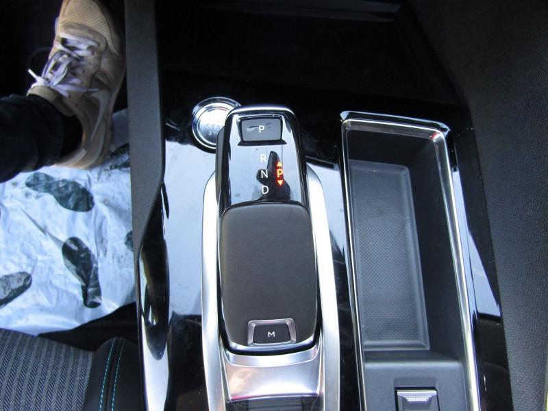Photo 13 de l'offre de PEUGEOT 3008 PHASE 4 BLUEHDI 130 ALLURE BOITE AUTO EAT.8 TOIT OUVRANT CAMÉRA CUIR GPS LINK  FULL LEDS à 33990€ chez Bougel transactions