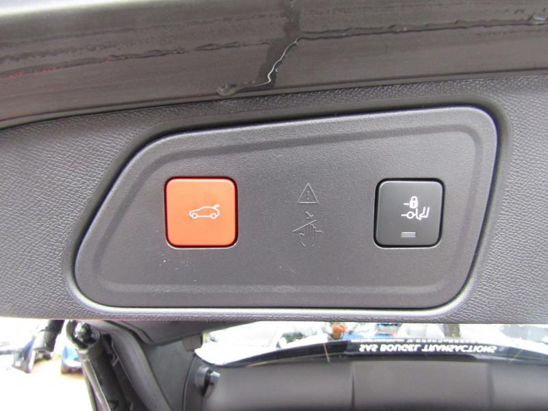 Photo 8 de l'offre de PEUGEOT 3008 PHASE 4 GT PURETECH 130 CV GPS 3D CAMÉRA JA 18 FULL LED PACK HIVER I-COKPIT COFFRE ELECT à 34900€ chez Bougel transactions