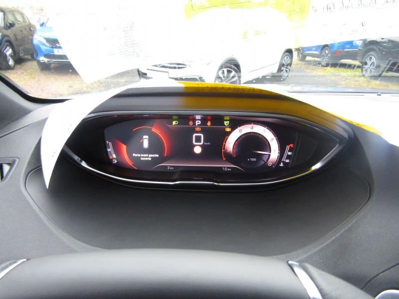 Photo 14 de l'offre de PEUGEOT 3008 PHASE 4 GT PURETECH 130 CV GPS 3D CAMÉRA JA 18 FULL LED PACK HIVER I-COKPIT COFFRE ELECT à 34900€ chez Bougel transactions