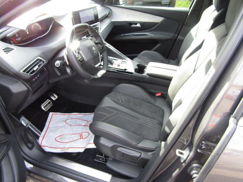 Photo 9 de l'offre de PEUGEOT 3008 PHASE 4 GT PURETECH 130 CV GPS 3D CAMÉRA JA 18 FULL LED PACK HIVER I-COKPIT COFFRE ELECT à 34900€ chez Bougel transactions