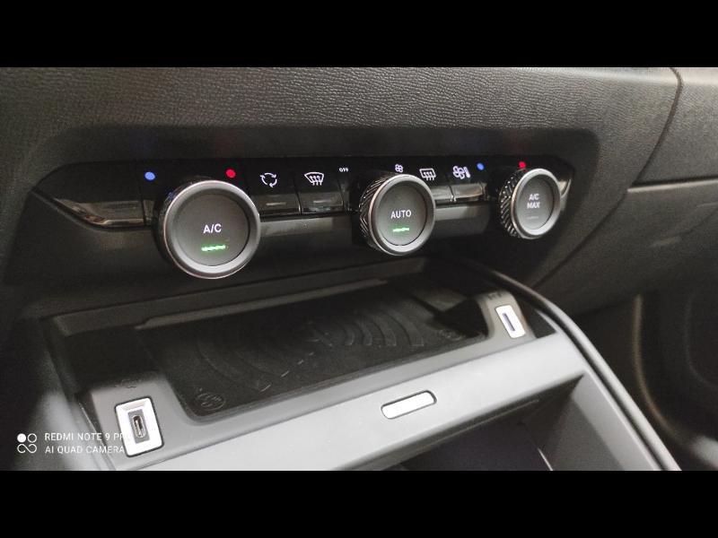 Photo 16 de l'offre de CITROEN C4 Moteur électrique 136ch (100 kW) Feel Pack Automatique à 36990€ chez Garage Payoux - Citroën Ploermel