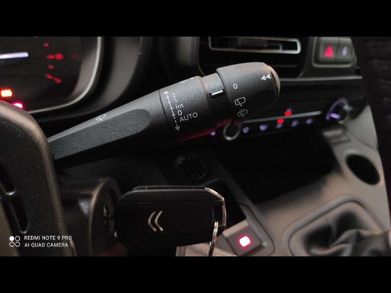 Photo 15 de l'offre de CITROEN Berlingo M BlueHDi 100ch S&S Feel Pack à 24990€ chez Garage Payoux - Citroën Ploermel