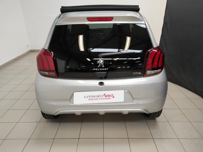 Photo 5 de l'offre de PEUGEOT 108 VTi 72 Top! Style S&S 4cv 5p à 12880€ chez Garage Payoux - Citroën Ploermel