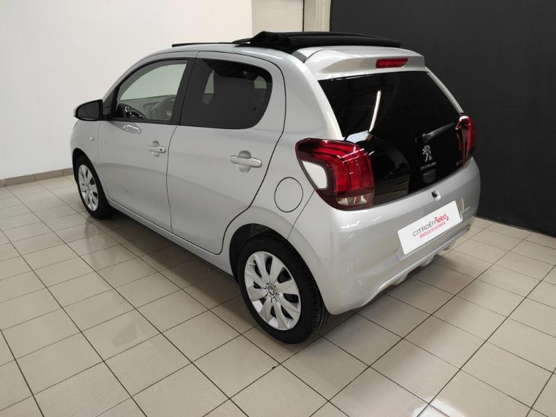 Photo 7 de l'offre de PEUGEOT 108 VTi 72 Top! Style S&S 4cv 5p à 12880€ chez Garage Payoux - Citroën Ploermel