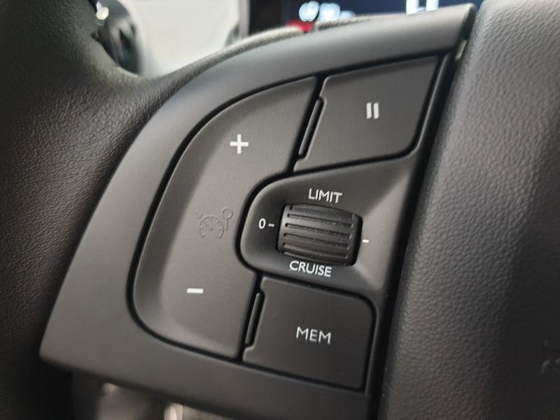 Photo 26 de l'offre de CITROEN C4 Cactus BlueHDi 100ch S&S Feel E6.d à 17980€ chez Garage Payoux - Citroën Ploermel