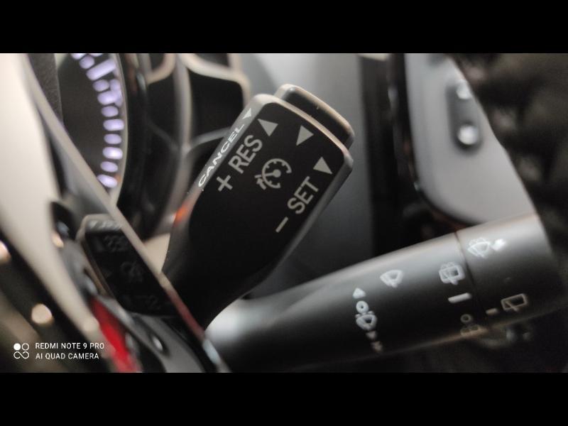 Photo 14 de l'offre de PEUGEOT 108 VTi 72 Top! Style S&S 4cv 5p à 12880€ chez Garage Payoux - Citroën Ploermel