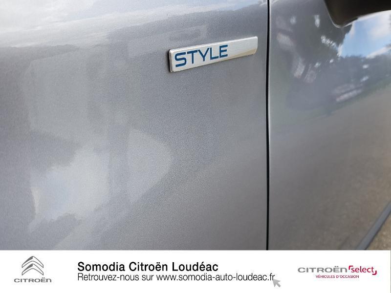 Photo 20 de l'offre de PEUGEOT 2008 1.2 PureTech 130ch E6.c Style S&S à 15990€ chez Somodia - Citroën Loudeac