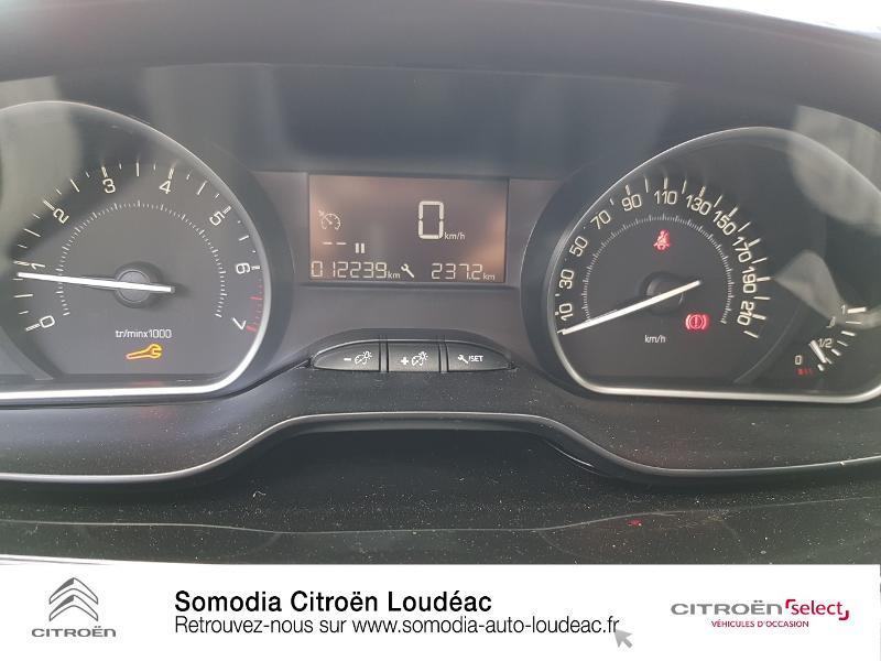 Photo 14 de l'offre de PEUGEOT 2008 1.2 PureTech 130ch E6.c Style S&S à 15990€ chez Somodia - Citroën Loudeac