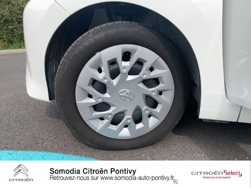 Photo 11 de l'offre de TOYOTA Aygo 1.0 VVT-i 72ch x-play 5p à 10790€ chez Somodia - Citroën Loudeac
