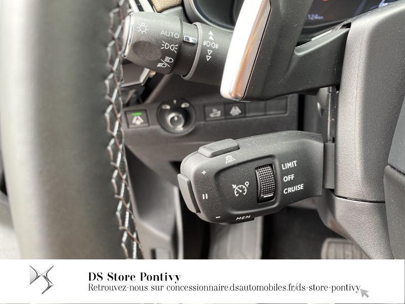 Photo 16 de l'offre de DS DS 7 Crossback BlueHDi 130ch So Chic Automatique 7cv à 36990€ chez Somodia - Citroën Loudeac