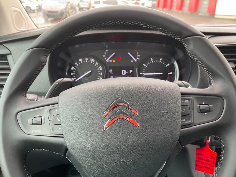 Photo 13 de l'offre de CITROEN Jumpy Fg M 2.0 BlueHDi 180ch S&S Cabine Approfondie Fixe Driver EAT8 à 34900€ chez Somoda - Citroën Morlaix