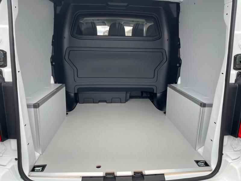 Photo 6 de l'offre de CITROEN Jumpy Fg M 2.0 BlueHDi 180ch S&S Cabine Approfondie Fixe Driver EAT8 à 34900€ chez Somoda - Citroën Morlaix