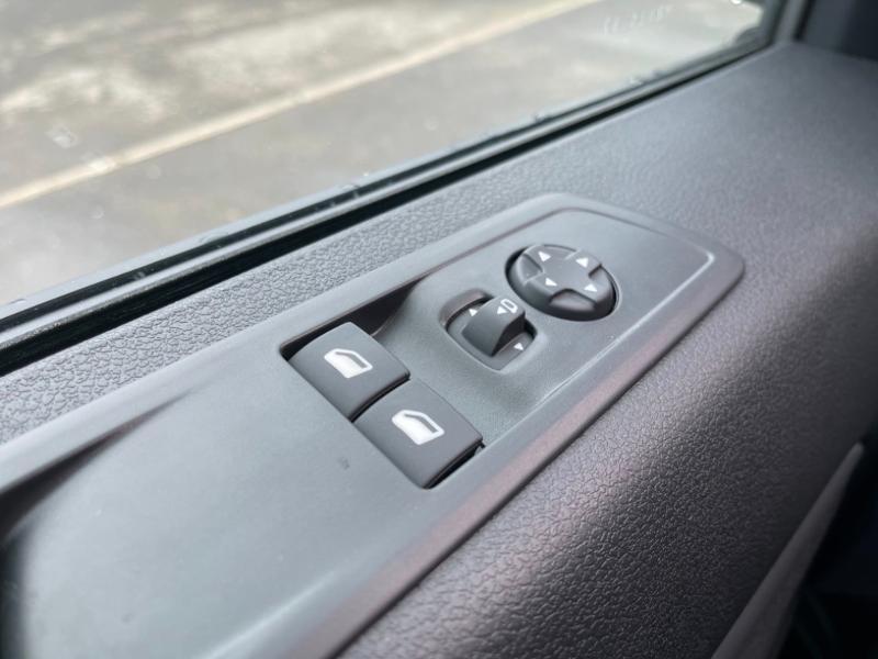 Photo 22 de l'offre de CITROEN Jumpy Fg M 2.0 BlueHDi 180ch S&S Cabine Approfondie Fixe Driver EAT8 à 34900€ chez Somoda - Citroën Morlaix