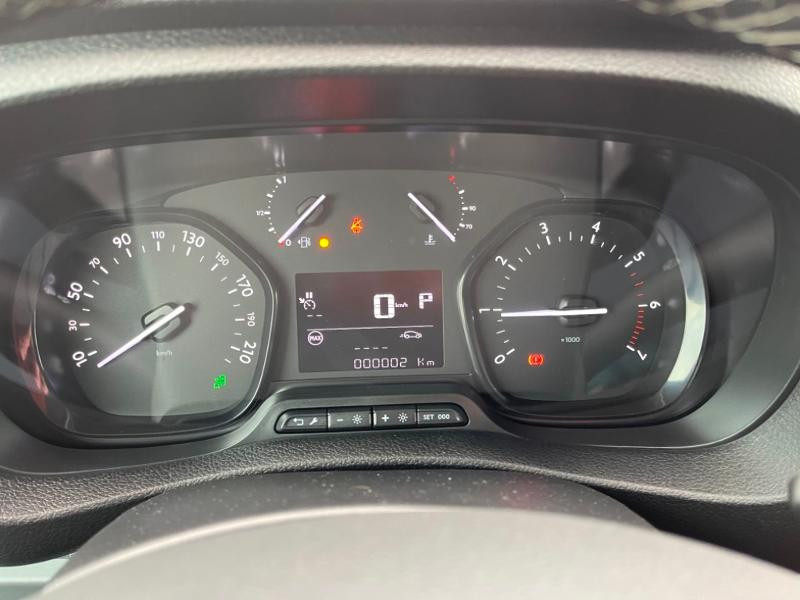Photo 12 de l'offre de CITROEN Jumpy Fg M 2.0 BlueHDi 180ch S&S Cabine Approfondie Fixe Driver EAT8 à 34900€ chez Somoda - Citroën Morlaix