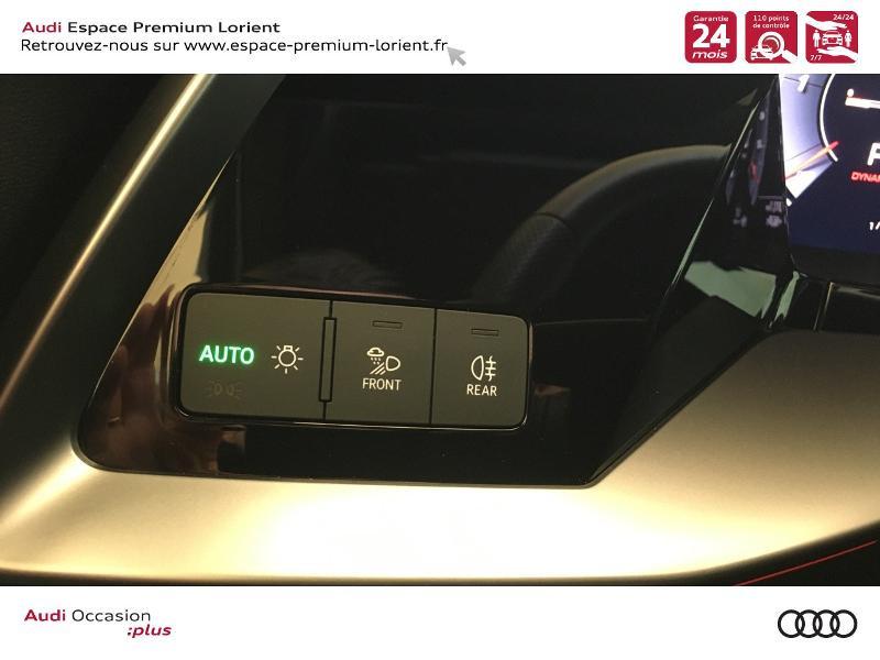 Photo 12 de l'offre de AUDI A3 Sportback 35 TDI 150ch S line S tronic 7 à 40990€ chez Espace Premium – Audi Lorient