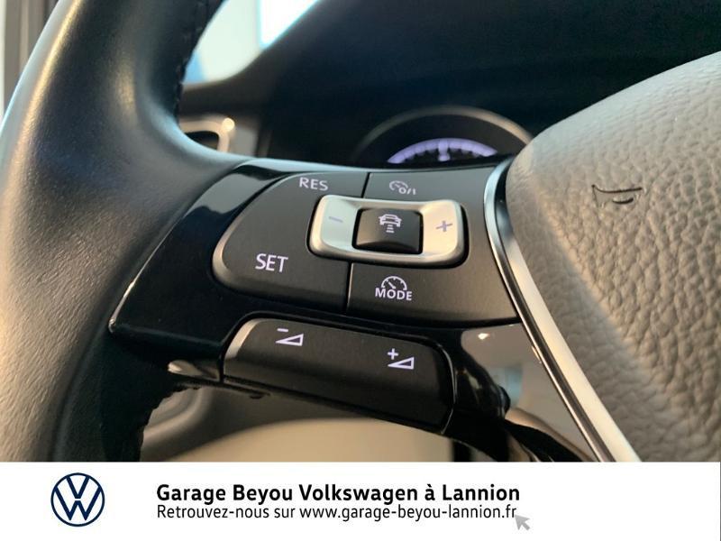 Photo 20 de l'offre de VOLKSWAGEN Golf 1.6 TDI 115ch BlueMotion Technology FAP Confortline Business 5p à 15990€ chez Garage Beyou - Volkswagen Lannion
