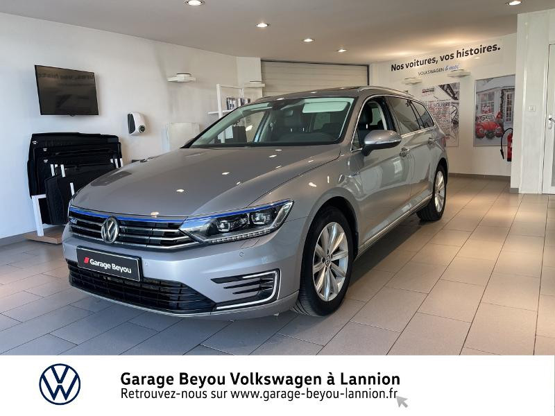 Photo 1 de l'offre de VOLKSWAGEN Passat SW 1.4 TSI 218ch GTE DSG6 à 26990€ chez Garage Beyou - Volkswagen Lannion