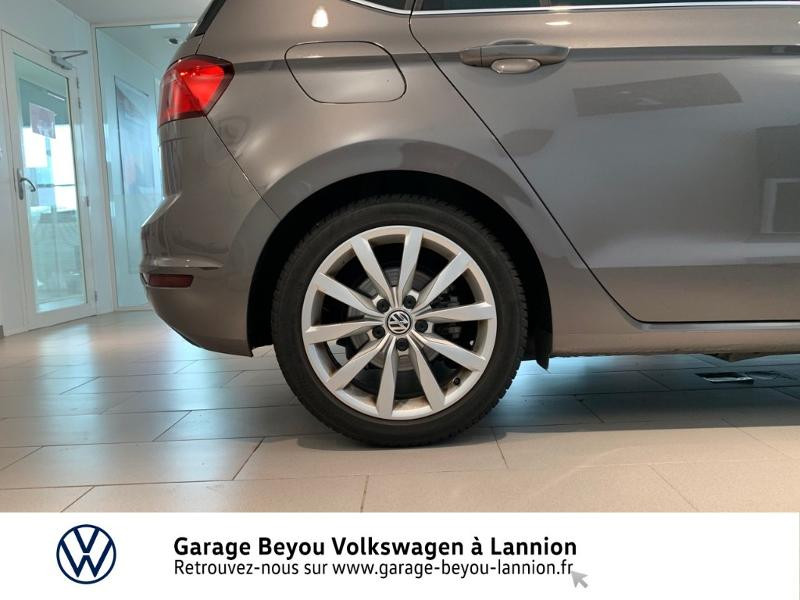 Photo 15 de l'offre de VOLKSWAGEN Golf Sportsvan 1.4 TSI 125ch BlueMotion Technology Carat à 8990€ chez Garage Beyou - Volkswagen Lannion