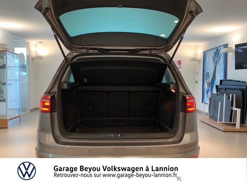 Photo 12 de l'offre de VOLKSWAGEN Golf Sportsvan 1.4 TSI 125ch BlueMotion Technology Carat à 8990€ chez Garage Beyou - Volkswagen Lannion