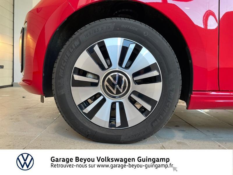 Photo 15 de l'offre de VOLKSWAGEN e-up! Electrique 83ch à 14990€ chez Garage Beyou - Volkswagen Lannion